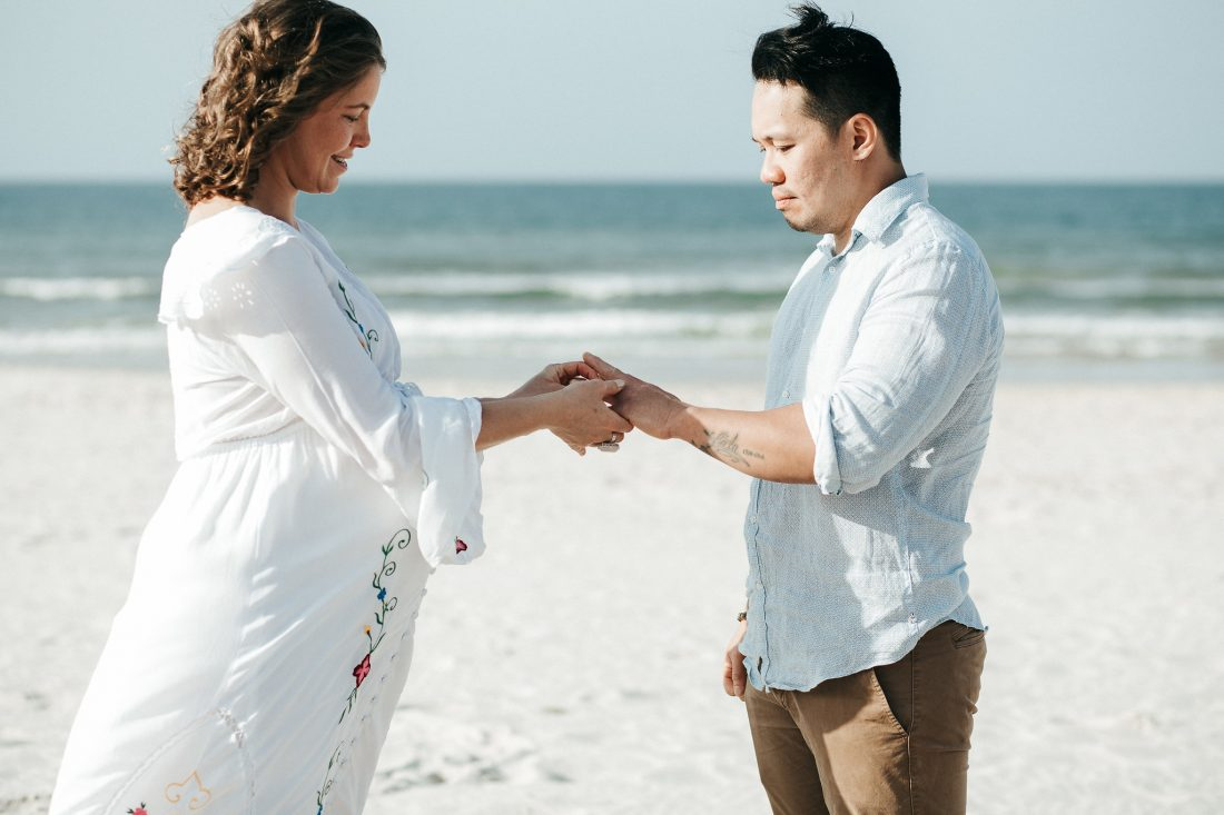 Byron Bay Celebrant and a renewal of vows on the beach