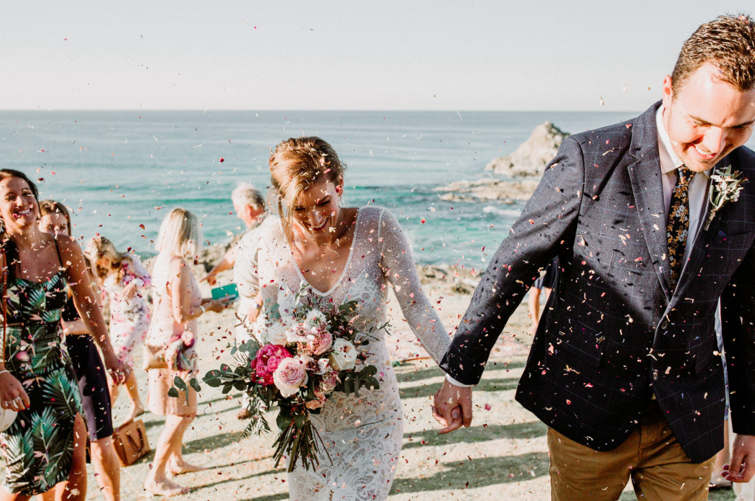 Byron Bay Celebrant and the confetti throw